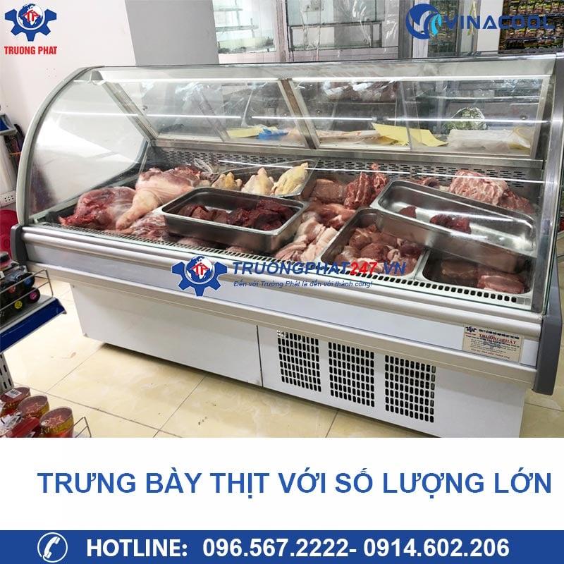 tủ bán thịt trong siêu thị