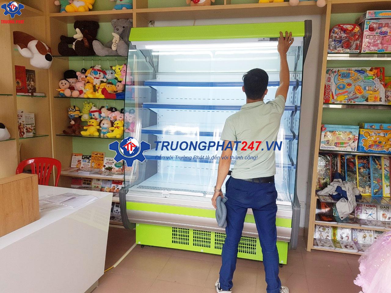 tủ mát trưng bày rau củ siêu thị SLG-1500FB màu xanh