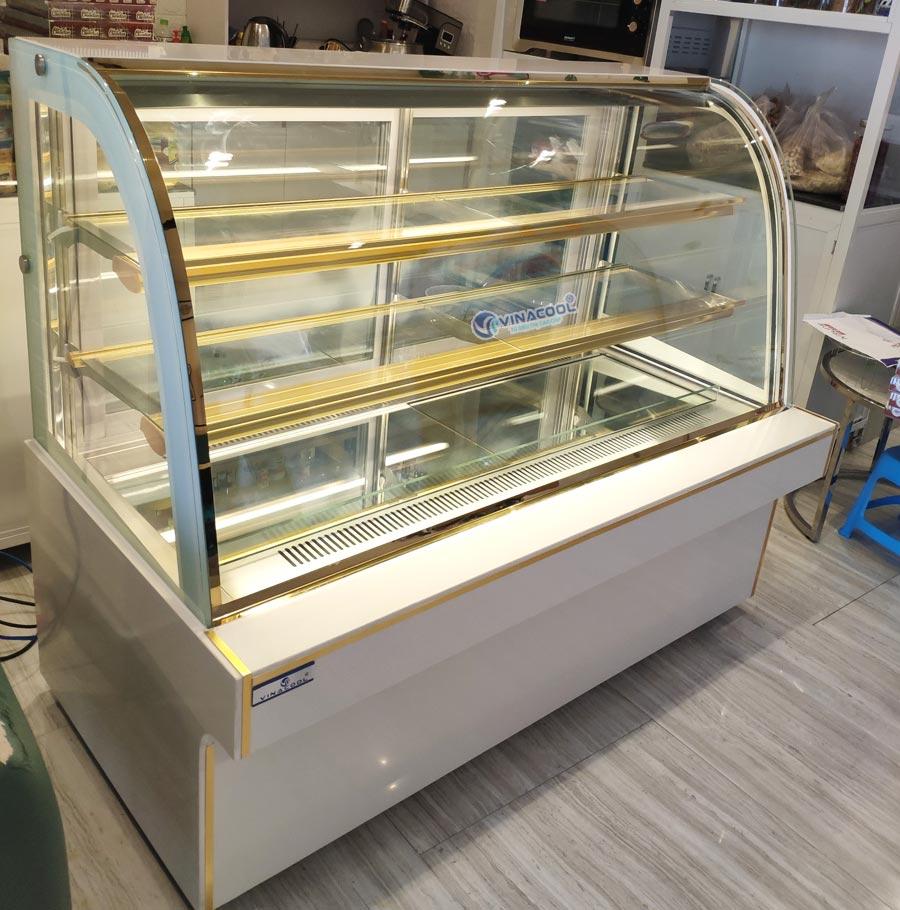 tủ để bánh kem 3 tầng dài 1m5 trắng