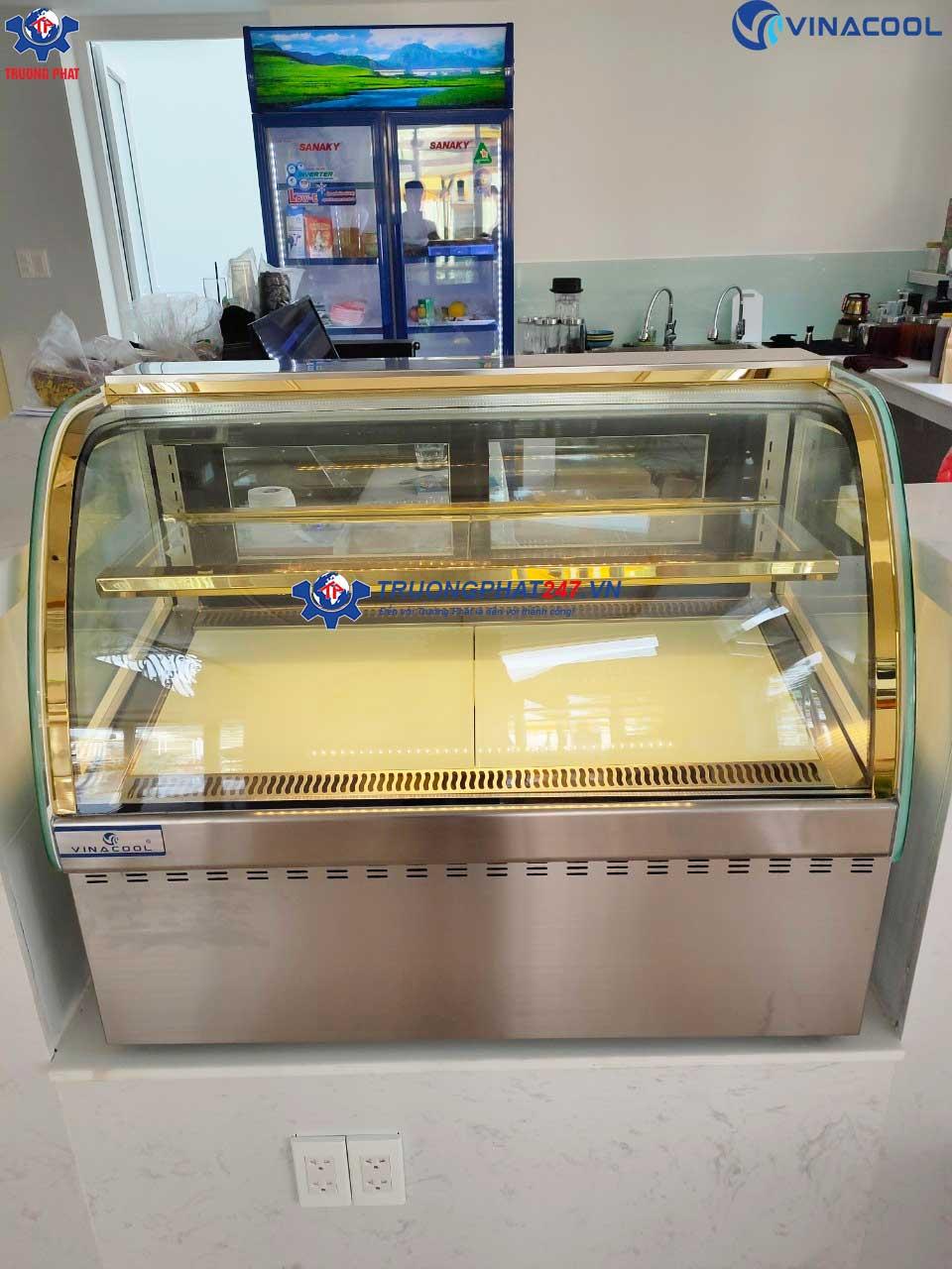 tủ bánh kem mini kính cong màu tráng