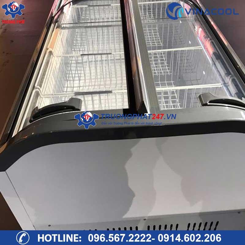tủ đông lạnh siêu thị kính cong