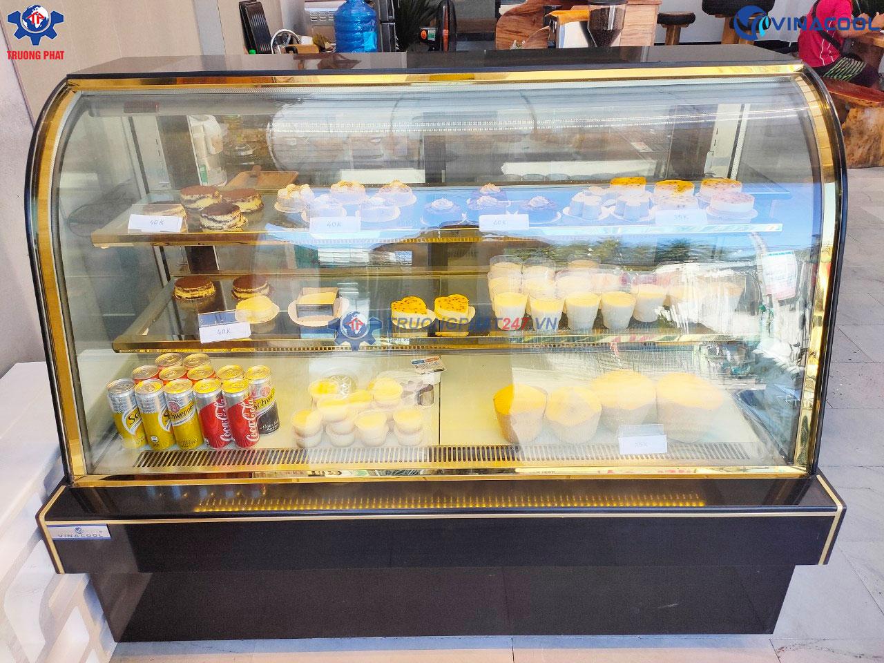 tủ trưng bày bánh kem Trung Quốc