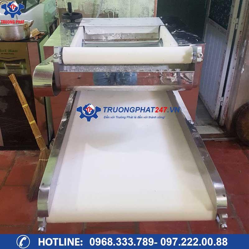 máy cán bột tự động