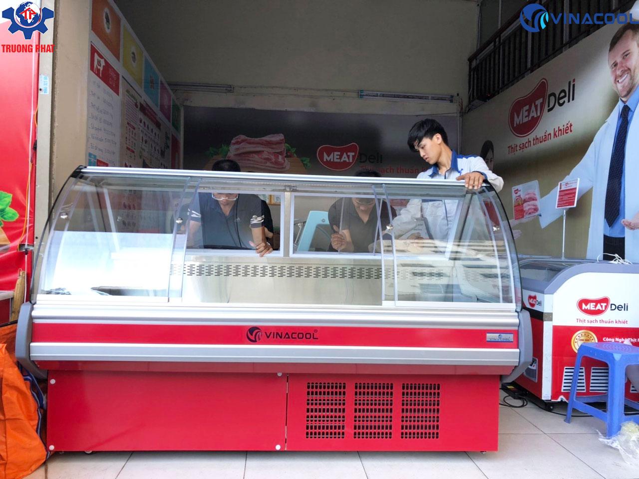 tủ mát trưng bày thịt tươi Meat deli