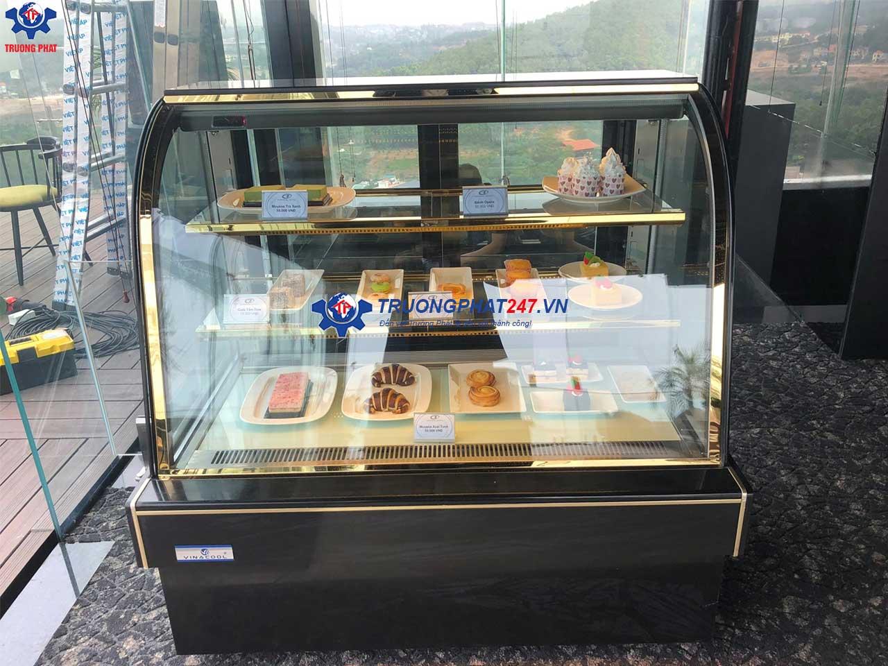 tủ bảo quản bánh kem có bánh xe